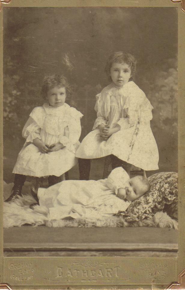Helen, Mae and Earl Moore