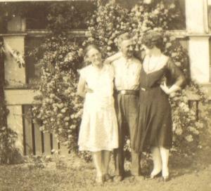 From Left: Mina Thompson, Bert Thompson, Mae Johnson, c1930s