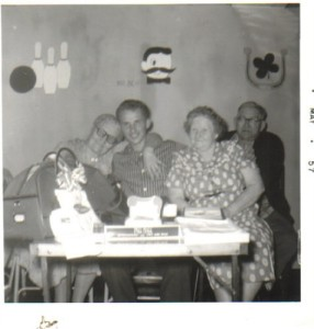 Nannie (on left), Robert (Dad), Florence and Earl Belknap
