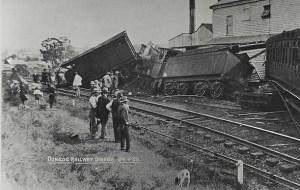 https://commons.wikimedia.org/wiki/File:Train_derailment,_1920_(3885506679).jpg