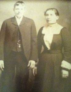 Erick and Johanna Eklund, 1901