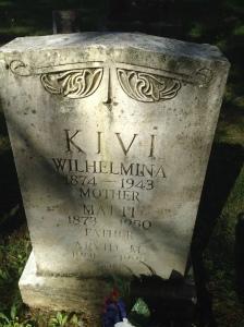 Matt and Wilhelmina Kivi tombstone in Riverside Cemetery