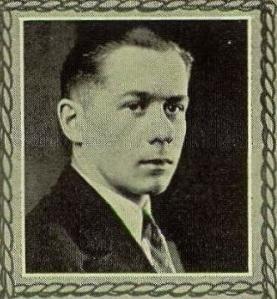 Leonard Eklund's senior picture from the 1927 Hematite